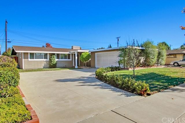 2554 Carnegie Ave, Costa Mesa, CA 92626