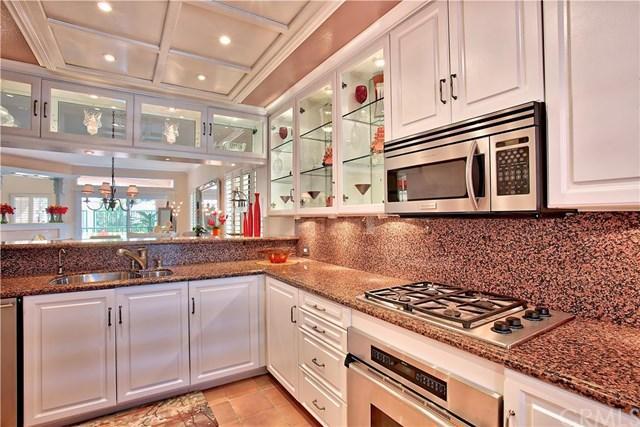 172 Villa Pt, Newport Beach, CA 92660