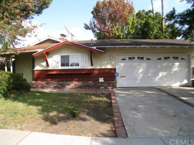338 Bucknell Rd, Costa Mesa, CA 92626
