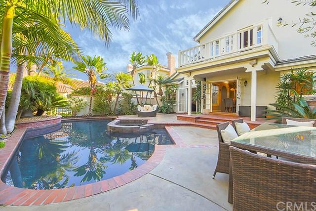 19346 Woodlands Drive, Huntington Beach, CA 92648