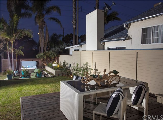 664 Rosecrans Avenue, Manhattan Beach, CA 90266
