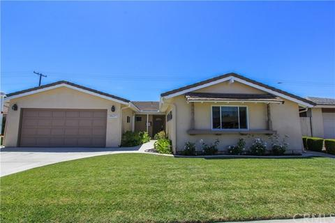 20621 Kelvin Ln, Huntington Beach, CA 92646