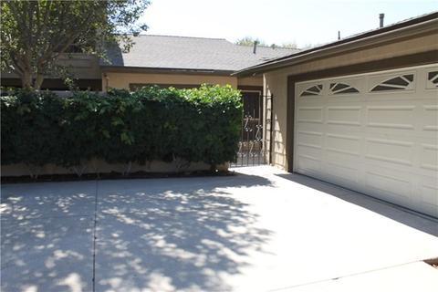 2502 N Tustin Ave #D, Santa Ana, CA 92705