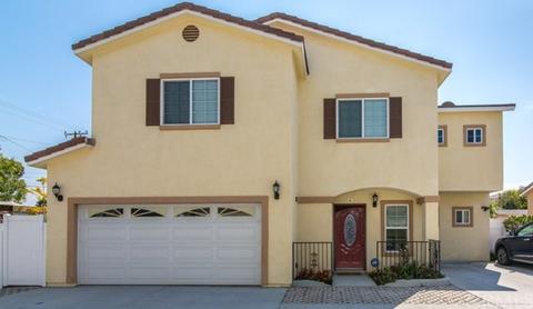 449 Hamilton St #A, Costa Mesa, CA 92627