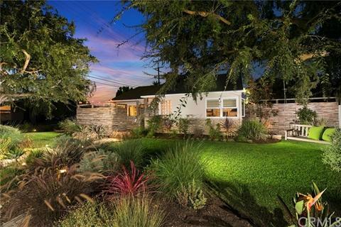 402 Esther St, Costa Mesa, CA 92627