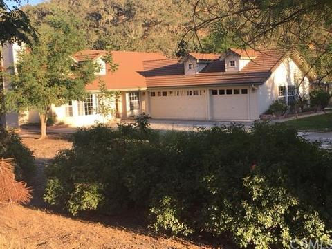 9530 Reservoir Rd, Paso Robles, CA 93446