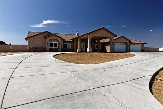 8132 Joshua Rd, Oak Hills, CA 92344