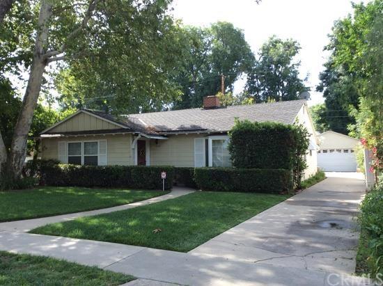 1218 W Santa Clara Ave, Santa Ana, CA 92706