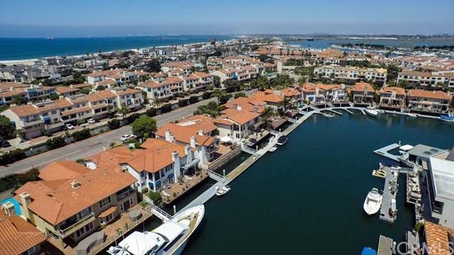 16532 Grimaud Ln, Huntington Beach, CA 92649