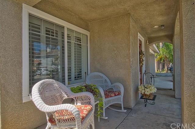 704 Pointe Vista Lane, Corona, CA 92881