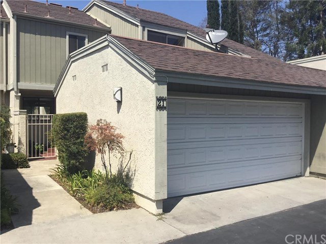 21 Sparrow Hill Ln, Laguna Hills, CA 92653