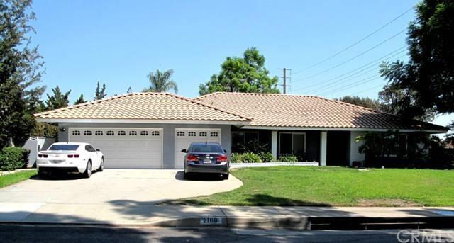 2106 Oxford Ave, Claremont, CA 91711
