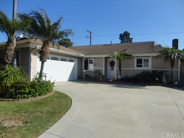 4632 Scenario Dr, Huntington Beach, CA 92649