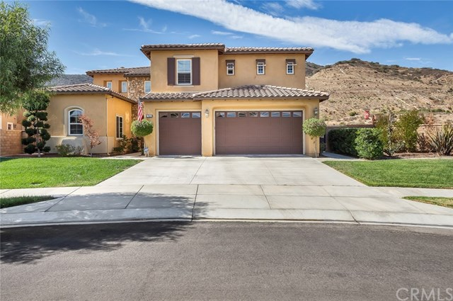 7641 Lady Banks, Corona, CA 92883