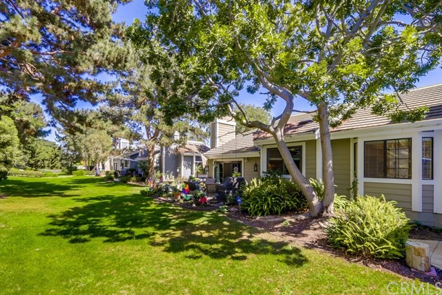 20321 Seabright Lane, Huntington Beach, CA 92646