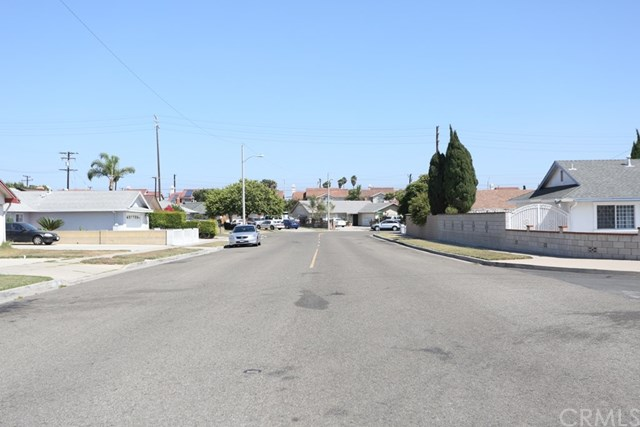 8521 Whitley Avenue, Westminster, CA 92683
