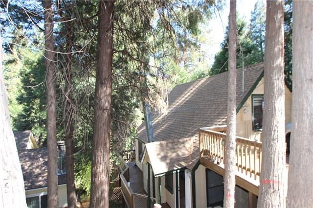 745 Woodland Rd, Crestline, CA 92325