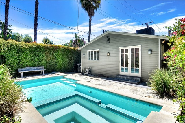 9041 Harland Ave, West Hollywood, CA 90069