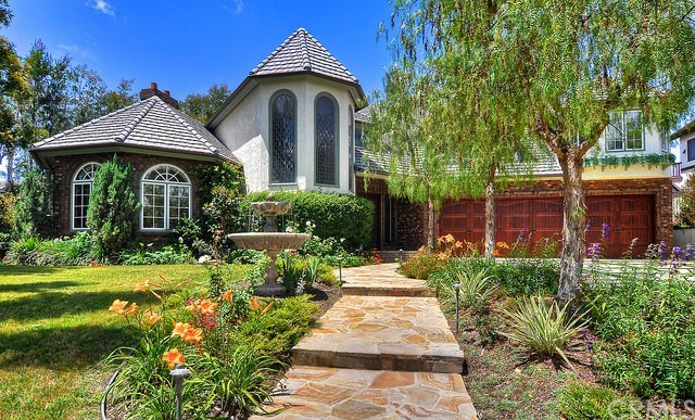 26001 Glen Canyon Drive, Laguna Hills, CA 92653