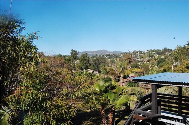 1576 Montgomery Dr, Vista, CA 92084