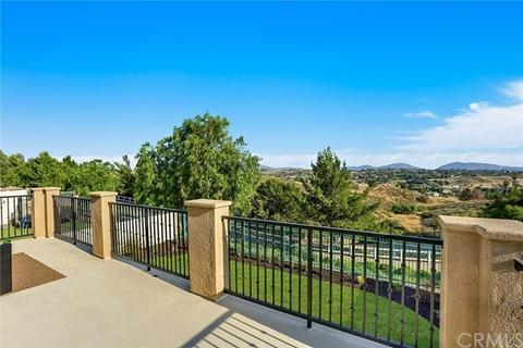 31599 Country View Rd, Temecula, CA 92591