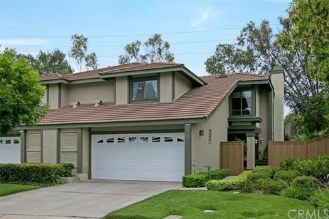 21 Heather Hill Ln, Laguna Hills, CA 92653