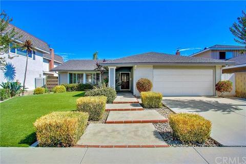 6781 Skyview Dr, Huntington Beach, CA 92647
