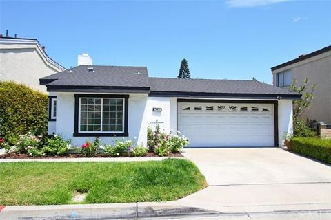 1035 W Oregon Trail Ln, Orange, CA 92865