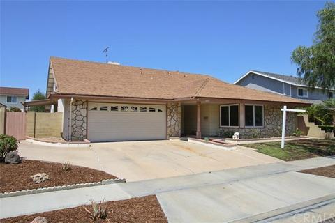 7081 Sunlight Dr, Huntington Beach, CA 92647