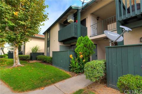 23242 Orange Ave #1, Lake Forest, CA 92630
