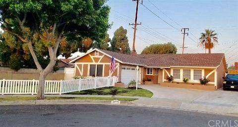 15471 Florence Cir, Huntington Beach, CA 92647