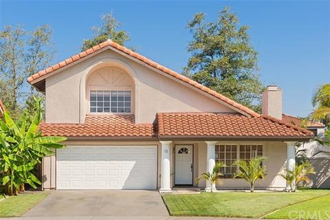 15 Lompoc Ct, Rancho Santa Margarita, CA 92688