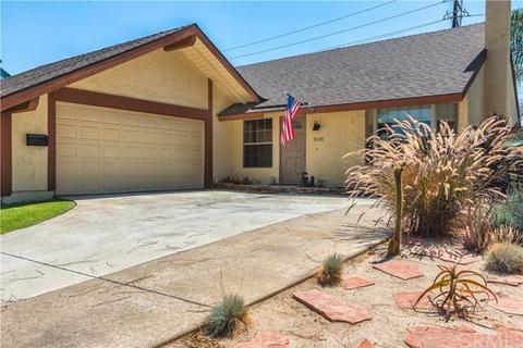 1528 Aspen St, Santa Ana, CA 92705