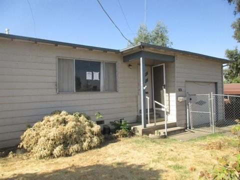 1961 Clinton Ave, Oroville, CA 95966