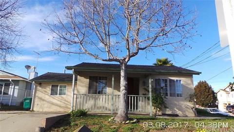 1195 Mentone Ave, Grover Beach, CA 93433