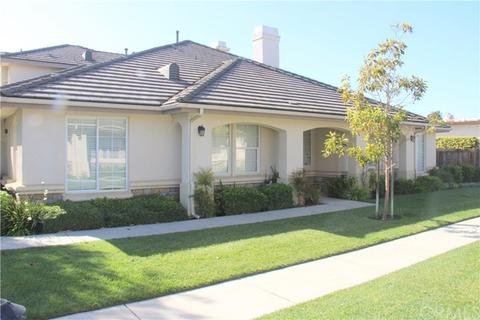 527 Taunton Dr, Santa Maria, CA 93455