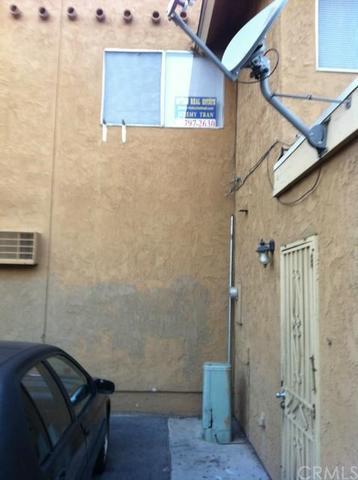 1262 E Mcfadden Ave #B, Santa Ana, CA 92705