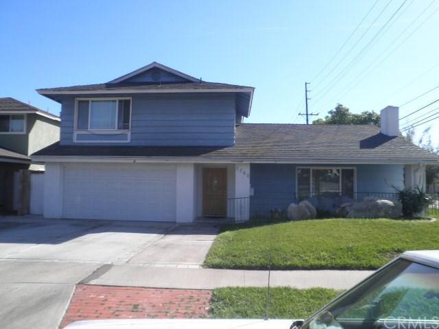 1702 E Fruit St, Santa Ana, CA 92701