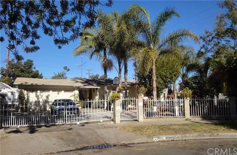 1301 W Camden Pl, Santa Ana, CA 92704