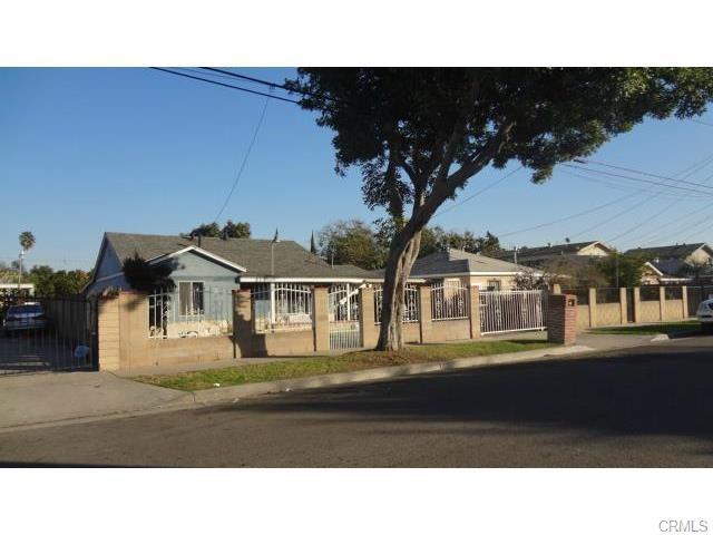 809 N Bewley St, Santa Ana, CA 92703