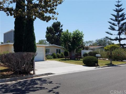 653 Ross St, Costa Mesa, CA 92627