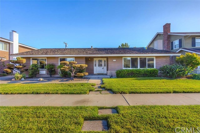 2543 E Palmyra Avenue, Orange, CA 92869