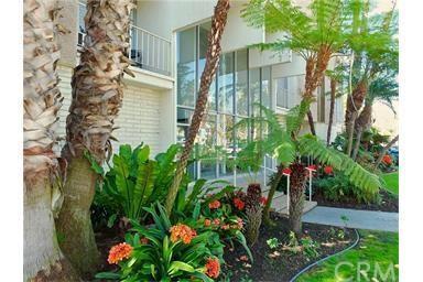 2100 E 2nd St #302, Long Beach, CA 90803
