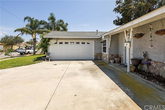 8292 Grant Drive, Huntington Beach, CA 92646