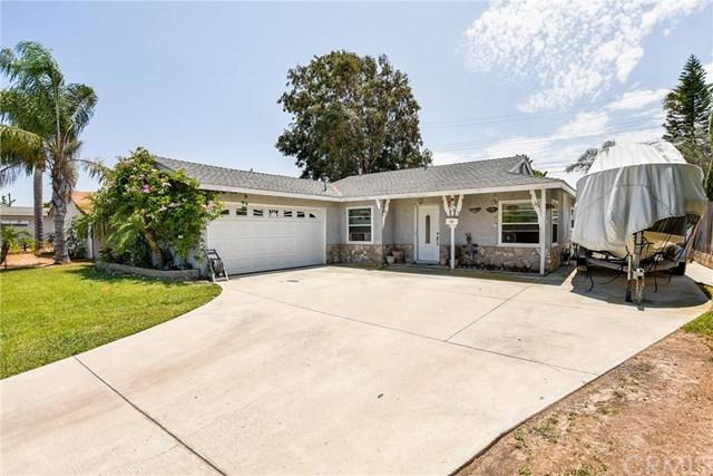 8292 Grant Dr, Huntington Beach, CA 92646