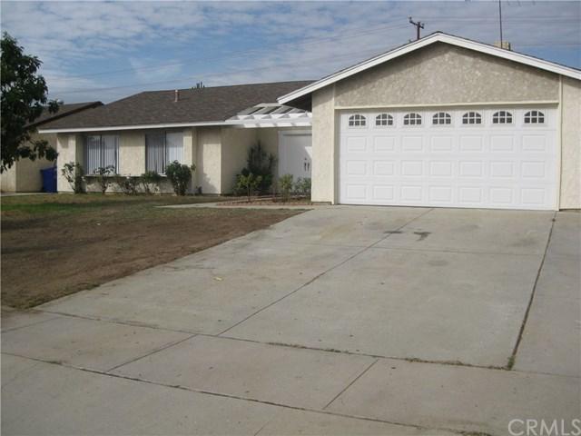 868 W Fontlee Ln, Bloomington, CA 92316