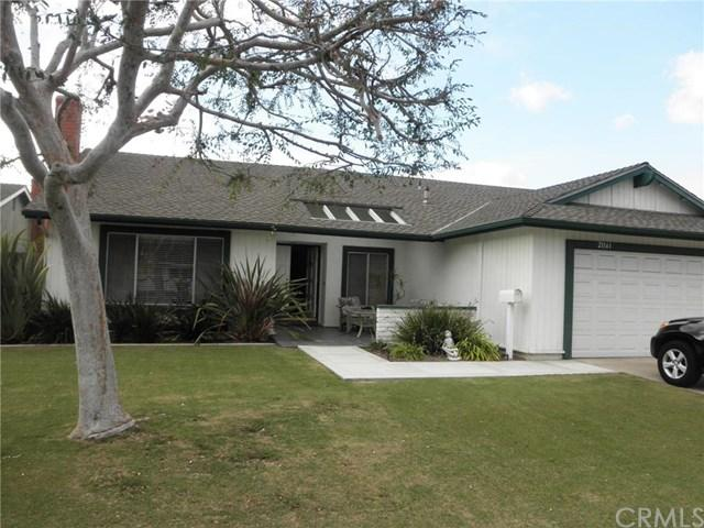 21161 Greenboro Ln, Huntington Beach, CA 92646