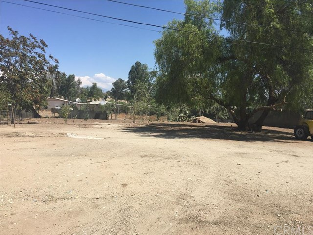 22560 Neil Road, Perris, CA 92570