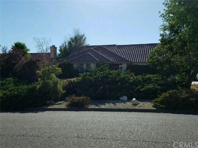 16542 Menahka Rd, Apple Valley, CA 92307