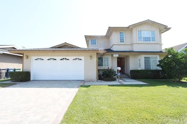 15892 Wicklow Ln, Huntington Beach, CA 92647
